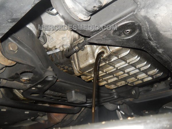 Mercedes Benz C250 Oil Change - Vinay Buck