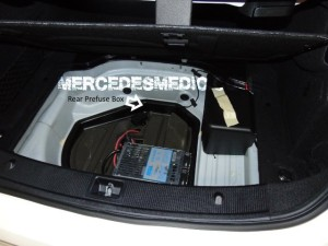 rear prefuse box f33 mb medic. Black Bedroom Furniture Sets. Home Design Ideas