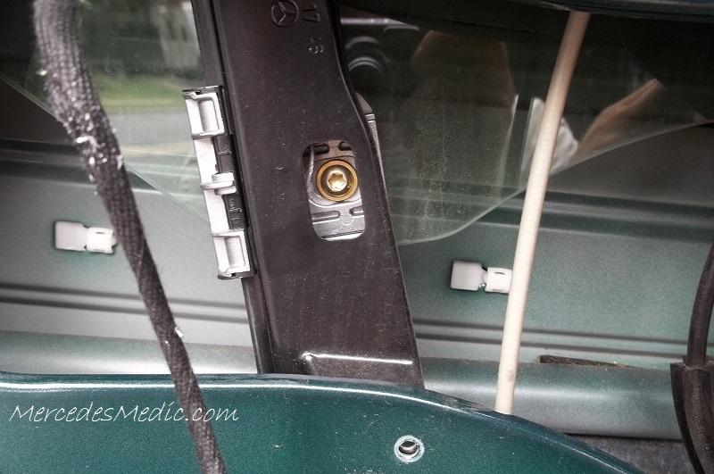 Centric Front Rear Metallic Brake Pads 2SET Fits Mercedes-Benz C250