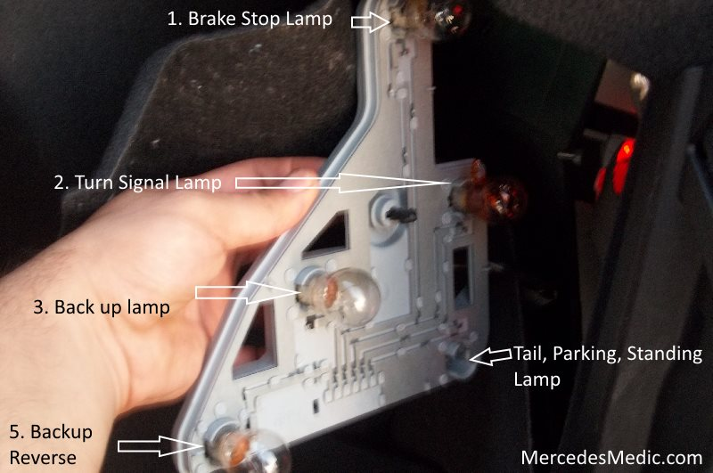 2009 Mercedes C300 Tail Light Wiring Harness from www.mercedesmedic.com