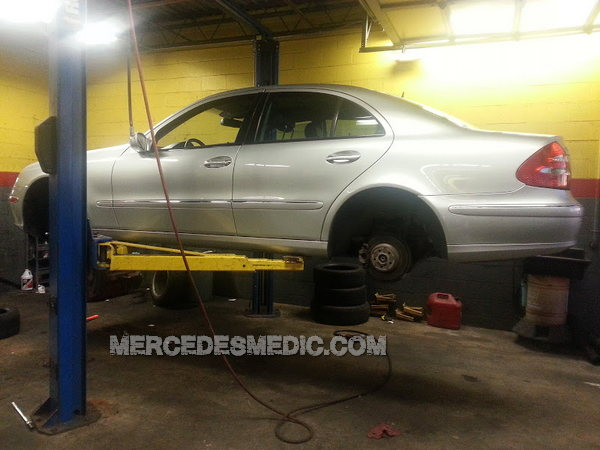 diy how to change rear shock absorber strut e class 03 09 mercedes