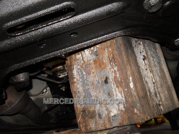 DIY How to change ENGINE MOUNTS Mercedes-Benz – MB Medic