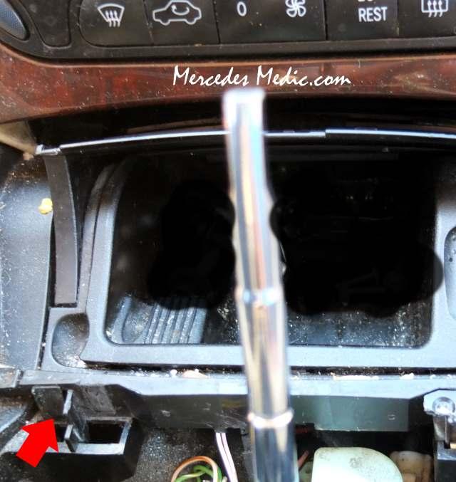 w203 c-class remove replace ashtray lift cover