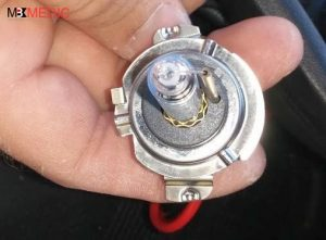 mercedes-hid-h7-light-bulb-14