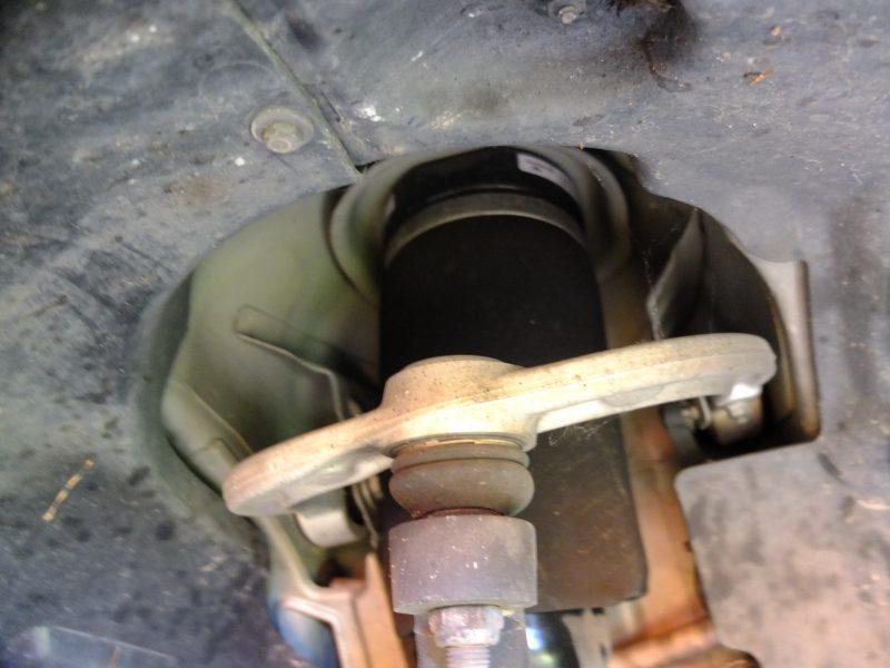 remove wheel well liner mercedes